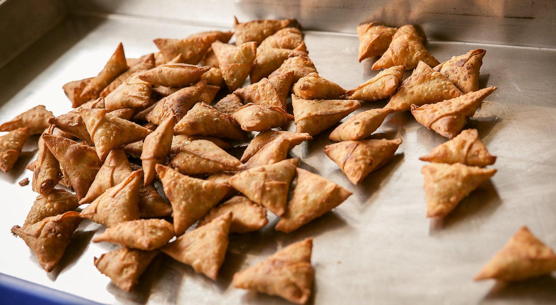Cooked Mini Samosa